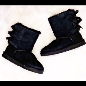 UGG Bailey Bow Short Black Boots